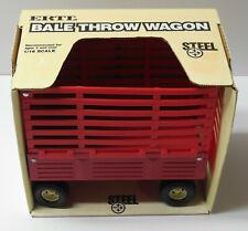 Vintage ERTL 1/16 International Harvester Bale Throw Wagon NEW IN BOX VG Cond.