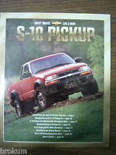 MINT CHEVROLET 2001 CHEVY S10 35 PAGE SALES BROCHURE NEW (B0X 121)