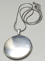 Großes, rundes 925 Silber Medaillon massiv 80er Jahre & 925 Silberkette /A224