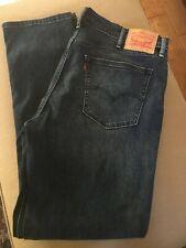 EUC Levi's 541 Athletic Fit 38x36 Jeans Stretch