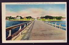 PANAMA CITY FLORIDA FL Municipal Pier Looking toward city park Old Postcard PC