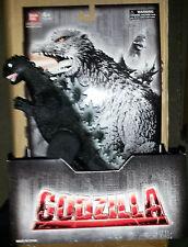 """Godzilla Bandai GODZILLA 1968 6"""" collectible figure~2010~action~statue~NIB"""