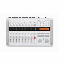 ZOOM Multi-Track Recorder R16 New