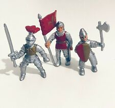 Safari Ltd. Medieval Knights in Armour with Red Flag Mini Figures Lot of 3