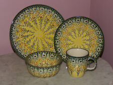 Genuine Handmade UNIKAT Polish Pottery 16 PC Dinnerware Set! Miss Daisy Pattern!