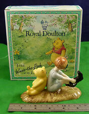 Royal DOULTON le Winnie the pooh collection Christopher Robin & POOH wp10 D005
