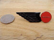 Red Arrow Enamel Bus Pin Badge