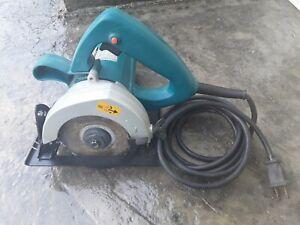 "Used Working Makita 4 3/8"" Circular Saw Model 4200NH With Carbide Tipped Blade"