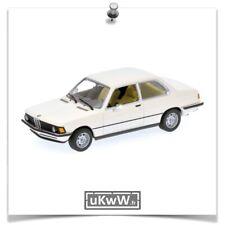Minichamps 1/43 - Bmw 318i E21 1977 blanc - ref 430025410