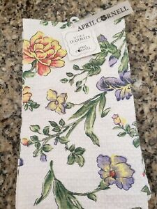 APRIL CORNELL CREAM GREEN YELLOW FLORAL PATTERN KITCHEN TEA TOWELS 2 IN PACK NWT