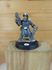 Classic Metal Rogue Trader Era Guardia Imperial Comisario laspistol Pintado (2879)