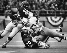 1973 Chicago Bears DICK BUTKUS sacks Roger Staubach Glossy 11x14 Photo Football