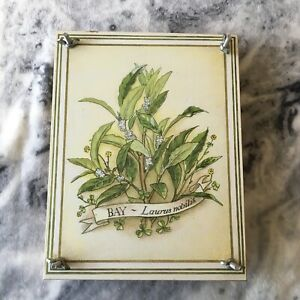 Vintage 1980s Bay Leaves Pattern Wooden Floral Craft Flower Press Crafting