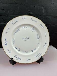 Rare The Rt. Hon. Margaret Thatcher M.p Cabinet Signatures 1981 27 cm Wide Plate