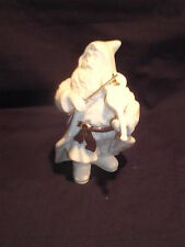VTG Classic Ivory Santa Claus Playing Violin with Gold Accents, Very Nice!