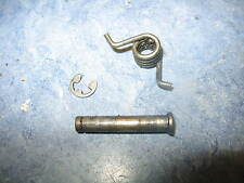 RIGHT SIDE FOOT PEG MOUNT PIN & SPRING 2003 DUCATI 620 SPORT 03