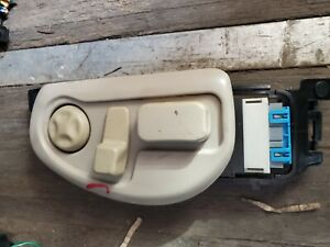 1998 1999 2000 01 02 2003 2004 CADILLAC SEVILLE LEFT FRONT SEAT SWITCH 25646341