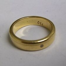 18ct Oro Giallo Anello di banda con piccolo anello di diamanti incisi bordatura DIMENSIONE H