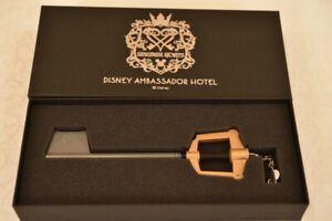 Kingdom Hearts KEYBLADE Disney Ambassador Hotel Special Room Key NIB