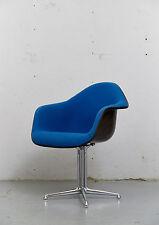DAL La Fonda Chair von Charles & Ray Eames für Herman Miller,Fiberglas I 1 von 2