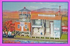 International Hobby Corp. HO Scale Structure Kit - Chemical Processing Plant
