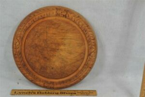 early period round wood cutting board flowers/wreath original surface 1800