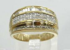 18K Yellow Gold Diamond Ladies Fancy Cocktail Ring 0.60 CTTW - Size 8