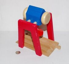 Melissa & Doug Wooden Railway Train Gantry Crane Track works w/ Thomas, BRIO