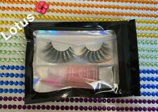 """Luxe 25Mm Lash """"Lotus"""" 100% Cruelty Free (includes lash brush and lipgloss)"""
