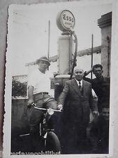 Vecchia foto fotografia antica DISTRIBUTORE ESSO DIESEL COLONNA Salerno 1940 di