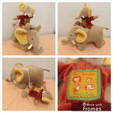 Doudou Éléphant Musical Moulin Roty Les Loustics Éléphants