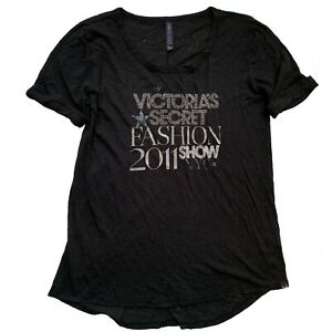 Victorias Secret T-Shirt 2011 Fashion Show Embellished VS Fashion Show T Shirt M