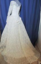 Vintage Evelyn Morris 1950's Lace Wedding Gown w Train / Sequins Sm