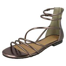 3565c3d642a3dc Damen-Sandalen mit Reißverschluss für Flaches (kleiner als 1 cm ...