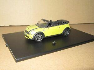325P MINICHAMPS 80422148813 BMW Mini Cooper R57 Cabriolet 2009 Mustard 1:43