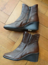 NEW! Size 4.5 *CLARKS* Brown leather wedge ankle boots ladies/womens