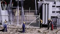 "WALTHERS CORNERSTONE HO SCALE CHAIN LINK FENCE KIT 80"" KIT 933-3125"