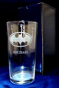 PERSONALISED ENGRAVED BATMAN LOGO PINT GLASS WITH YOUR NAME / MESSAGE gift box