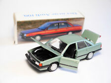 Audi 100 C3 Limo in grün verde vert green metallic, Conrad in 1:43 DEALER boxed!