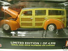 RACING CHAMPIONS 40 FORD WOODIE LIMITED 1 OF 4,998 1:24 scale  NEW
