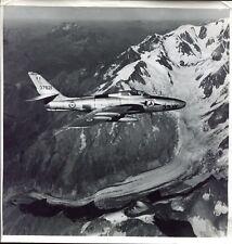 photo vintage . avion à réaction . avion de Chasse