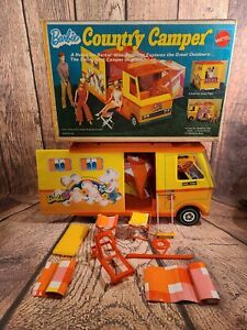 VINTAGE MATTEL BARBIE DOLL COUNTRY CAMPER 1970 IN ORIGINAL BOX W/ SLEEPING BAGS!