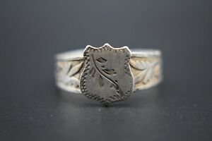 Antique silver Georgian period decorated shield bezel ring C. 1800 AD