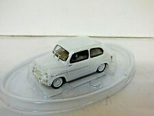 Solido Fiat 600D saloon white 1/43rd scale