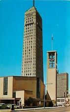 Minneapolis ~ foshay Tower ~ rot Bell Telephone Booth ~ Volkswagen ~ 1960s Cars ~ PC