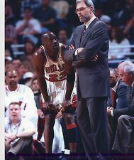 MICHAEL JORDAN-PHIL JACKSON CHICAGO BULLS NBA  8X10 PHOTO #103