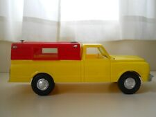 PROCESSED PLASTIC CO. - GMC C-10 FLEETSIDE PICKUP TRUCK WITH CAP - 1/18 ISH