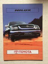 Depliant Toyota Hilux In Italiano Dicembre 2001