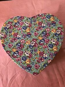 Lakehouse Valentine Heart Shape Floral Box 8 In W 4 In H.