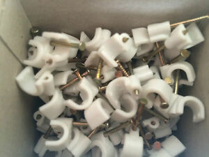 Round Cable Clips, Carbon Steel Pins, Black or White, Top quality, TOWER & CLICK